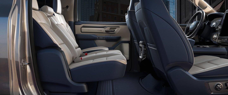 2020-DT-Interior-Comfort-Desktop-02.jpg.image.1440