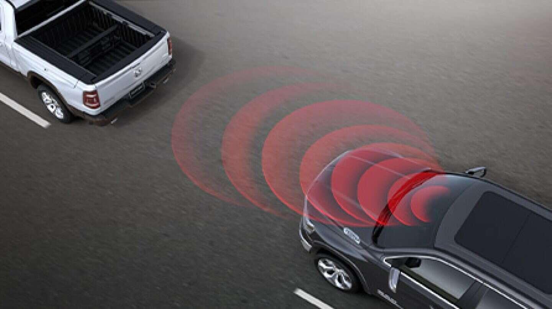 2020-DT-Safety-Technology-Desktop-03-ForwardWarning.jpg.image.1440