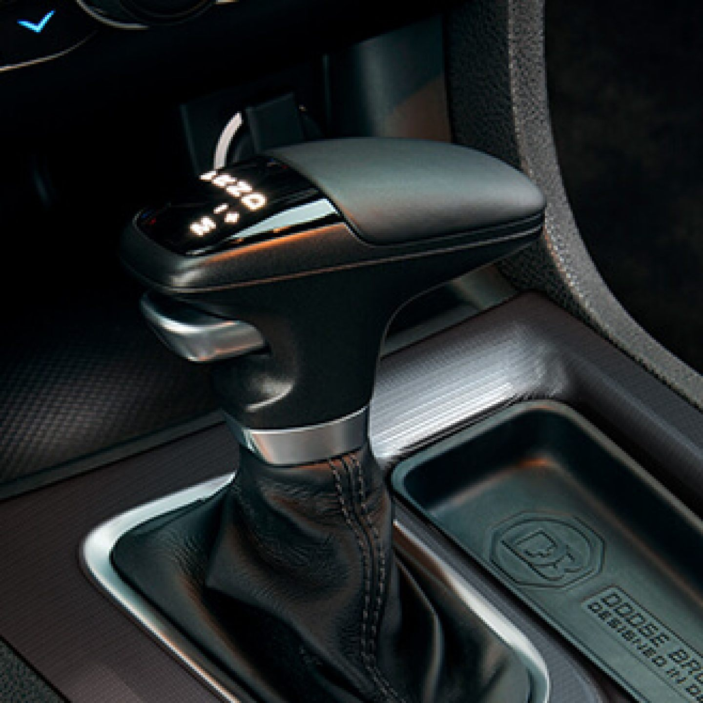 2020-dodge-charger-interior-performance-shifter.jpg.image.1440